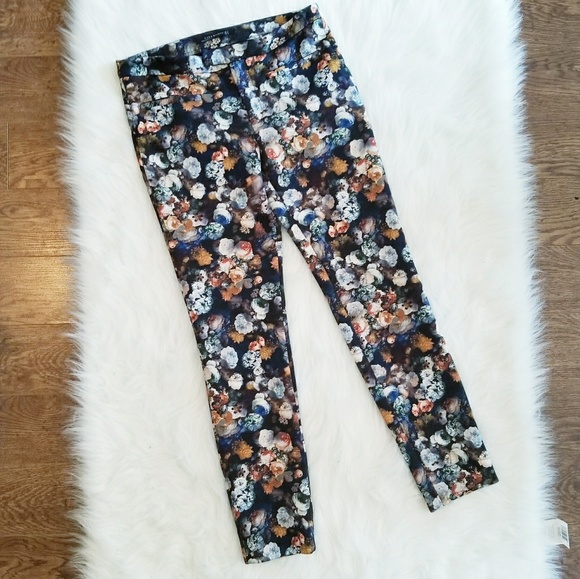 10a82e7e Zara Woman Floral Pant